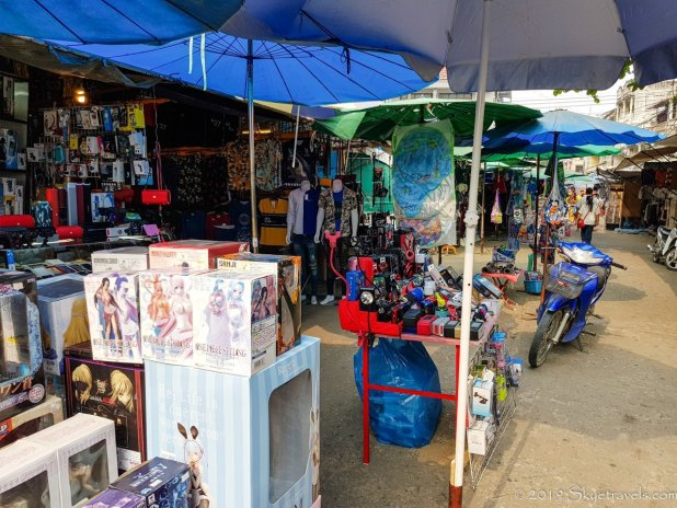 Tachileik Market
