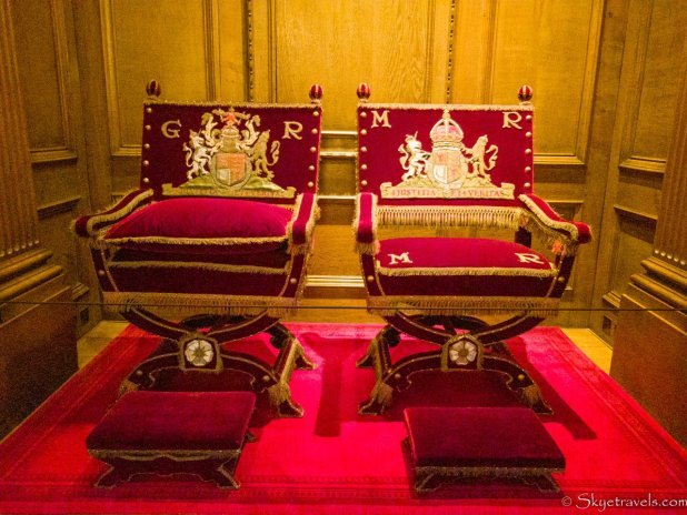 Holyrood Palace Thornes