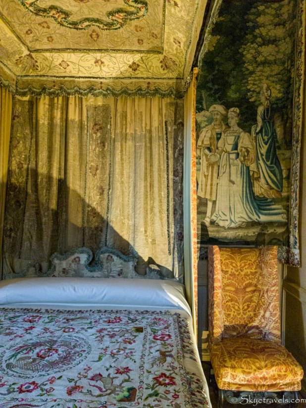 Holyrood Palace Lord Darnley's Bedchamber Bed
