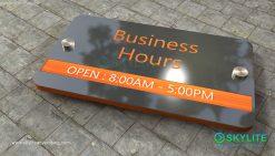 door_sign_6-25x11_metal_etching_business_hours00002