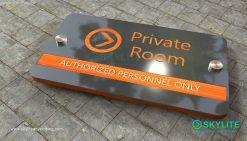 door_sign_6-25x11_metal_etching_private_room00002