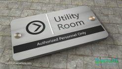door_sign_6-25x11_versaboard_withWoodVinyl_utility_room00001