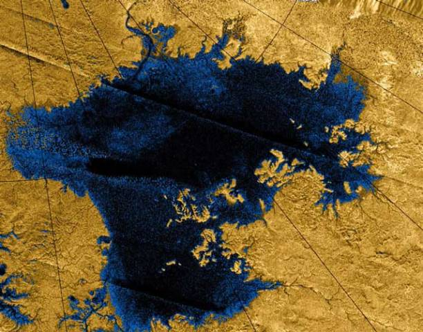One of Titan's Earth-like lakes