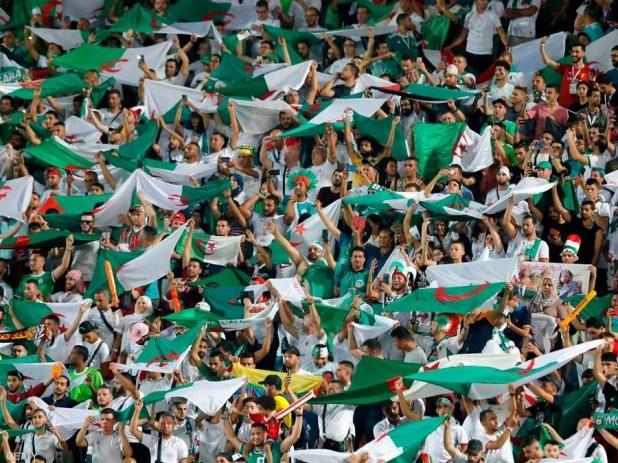 جماهير الجزائر تناصر منتخبها بقوة