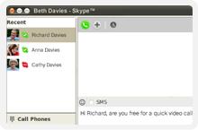 Invia messaggi e utilizza la chat con il nuovo Skype per Linux