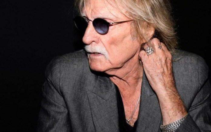 Πέθανε ο σπουδαίος Γάλλος τραγουδιστής Κριστόφ