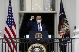 Τραμπ: Φαίνεται ότι έχω ανοσία στον κορωνοϊό