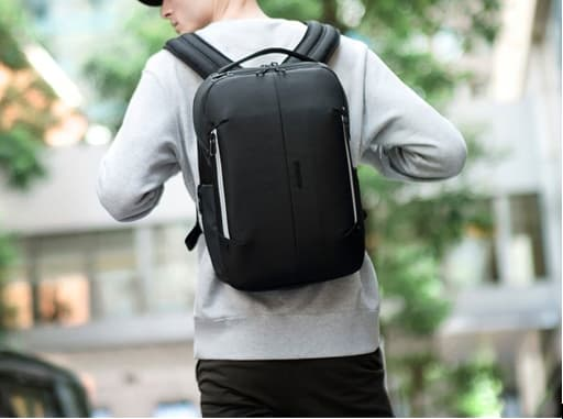 Tech-Backpack