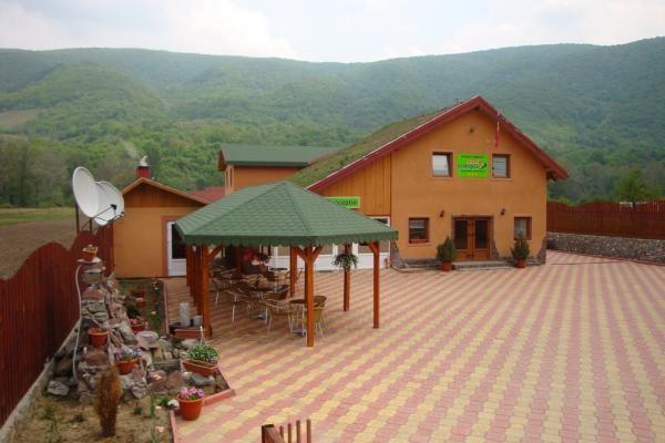 Pensiunea Casa Ecologica Baile Herculane cazare Pensiunea Casa Ecologica CarasSeverin