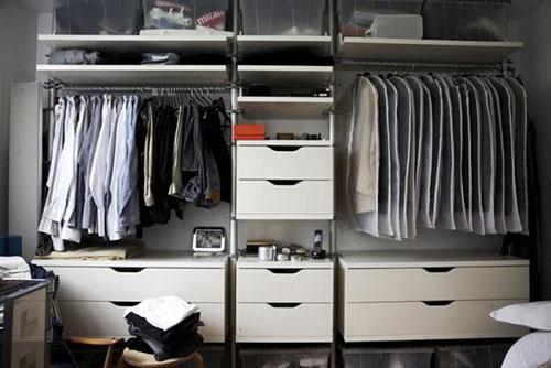 Kleine slaapkamer met kledingkast  Slaapkamer ideen