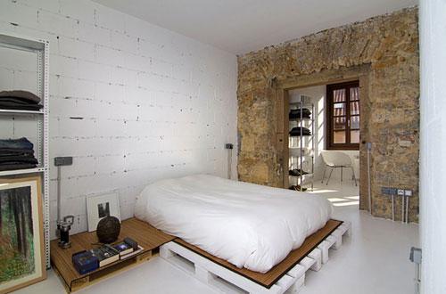 Bed van houten pallets  Slaapkamer ideen