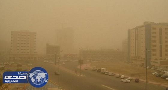 الأرصاد: رياح وغبار يحد من الرؤية الأفقية على عدد من المناطق