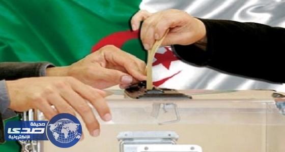 الحكومة الجزائرية تطالب الأئمة علي مواجهة دعاة مقاطعة الانتخابات
