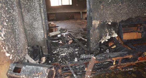 بالصور.. حريق منزل بتبوك بسبب شاحن جوال