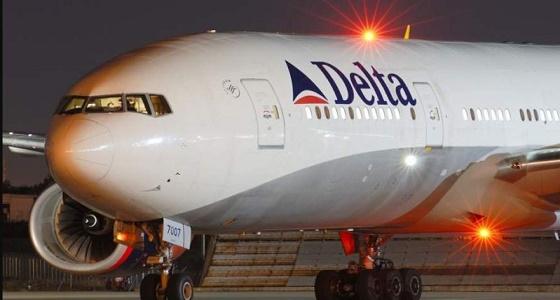 """عودة طائرة إلى مطار ديترويت بسبب """" عصفور """""""