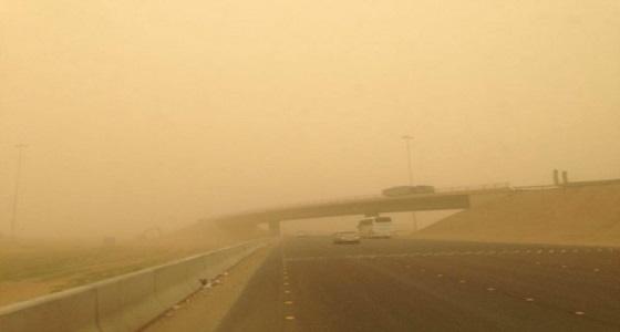 الإنذار المبكر يُحذر من الغبار بالمدينة وتبوك