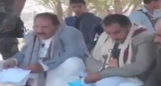 بالفيديو.. اجتماع مسرب للحوثيين يكشف فشلهم في تجنيد مقاتلين