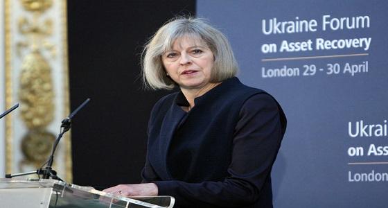 رئيسة الوزراء البريطانية تطمئن مسؤولى الشركات اليابانية حول بريكست