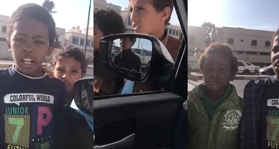 بالفيديو.. جوازات عسير: ترحيل من يستغلّ الأطفال في اعمال التسول
