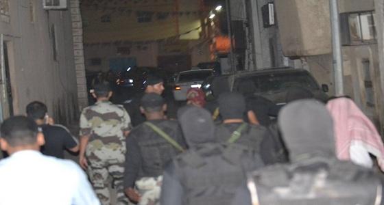 القبض على 600 مخالف في جدة