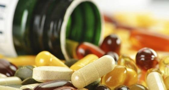 ما لا تعرفه عن فوائد وأضرار مكملات الفيتامينات
