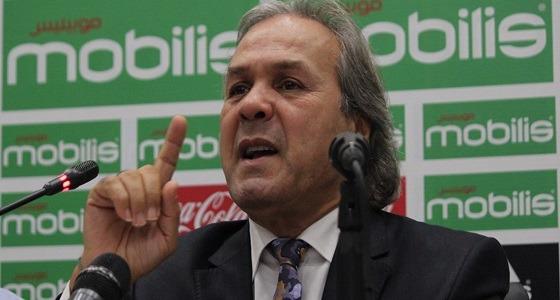 استبعاد مبولحي وفيغولي من قائمة منتخب الجزائر