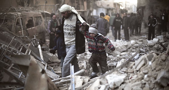 إجلاء مدنيين سوريين بينهم مرضى من الغوطة الشرقية.. اليوم