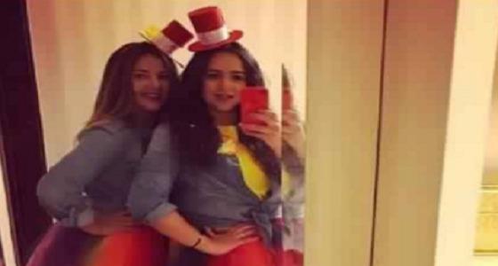 دنيا سمير غانم تثير ضجة بصورتها مع شقيقتها أمام المرآة