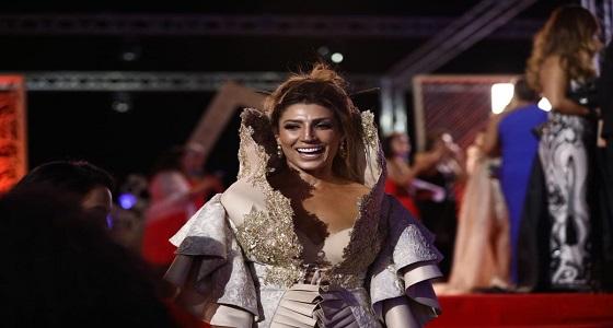 """بالصور.. فنانة تونسية تثير الجدل بملابسها """" الغريبة """""""