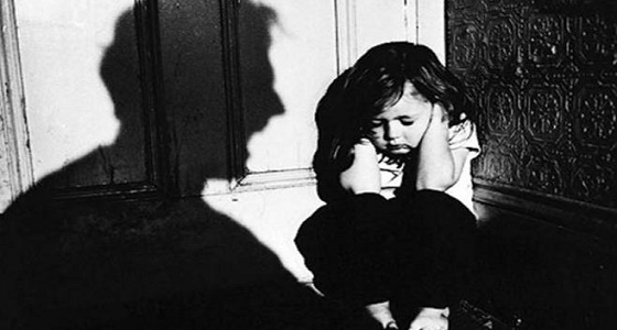 في اليوم العالمي للصحة النفسية.. الضرب يصيب طفلك باضطرابات سلوكية