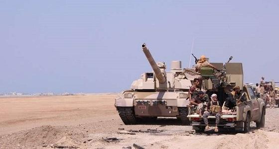 الجيش اليمني ينفذ عملية تمشيط لمناطق شرق الحديدة ويعثر على أسلحة مخبأة