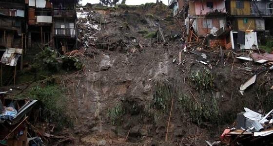 مقتل 31 شخصا في انهيار أرضي شرق أوغندا