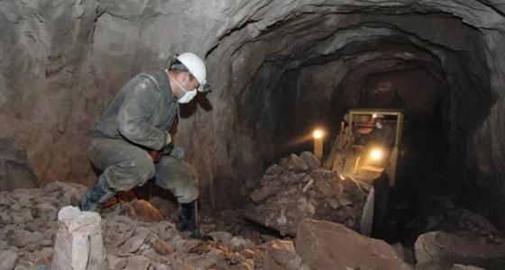 الصين: انهيار منجم يتسبب في تعليق 22 عاملا تحت الأرض