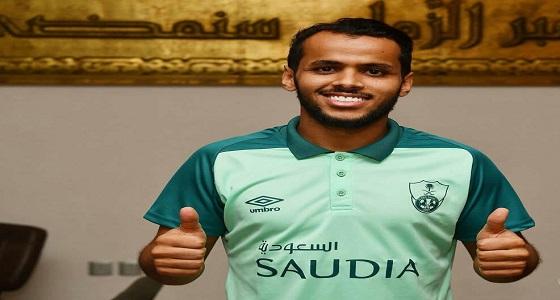 الأهلي يجدد عقد عبدالفتاح عسيري حتى 2021