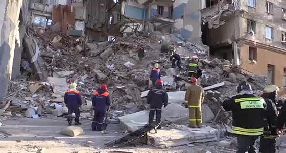 ارتفاع عدد ضحايا انهيار المبنى السكني في روسيا إلى 37 قتيلا