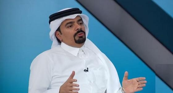 عبدالله العذبة.. مستشار جاهل أصابعه الكبيرة فضحته
