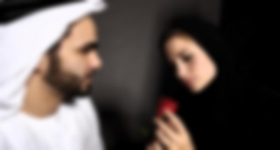 بعدما نشرت مقاطع لعلاقتهما الشرعية على الإنترنت.. خليجي يطالب بمحاكمة زوجته