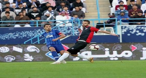 بالفيديو والصور.. التعادل يحسم مباراة الهلال والرائد بأهداف +90