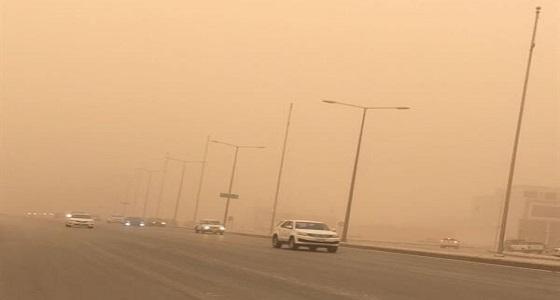 """"""" النقل """" تحذر من العاصفة الترابية على طريق رابغ-ينبع"""