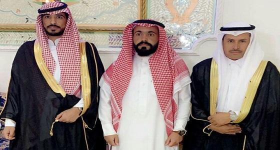 العريسان مشعل وعبدالعزيز يحتفلان بزواجهما بمحافظة تيماء