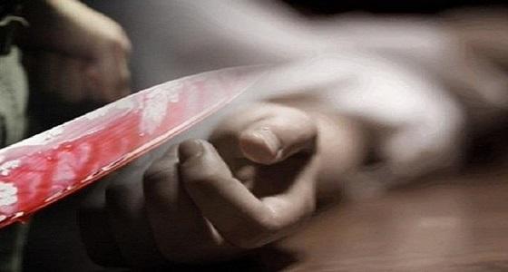 عامل يقتل زميله لجلبه فتاة إلى غرفتهما