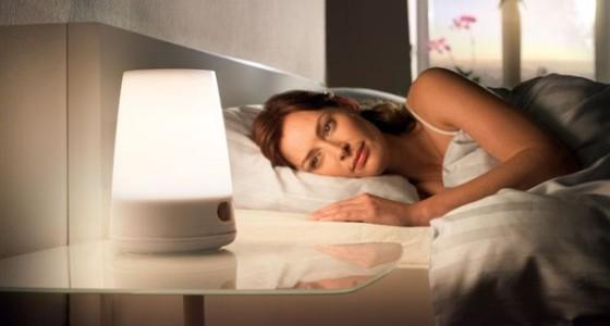 للنساء.. الإضاءة خلال النوم تزيد وزنك