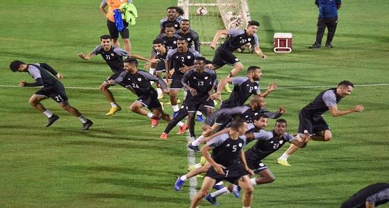 """الشباب يدخل في الصراع الإماراتي الثلاثي على """" باتنا """""""