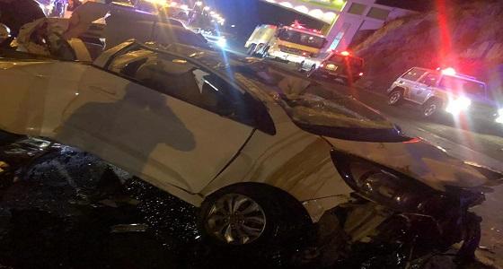 إصابة 5 أشخاص من عائلة واحدة في انقلاب مركبة بالباحة