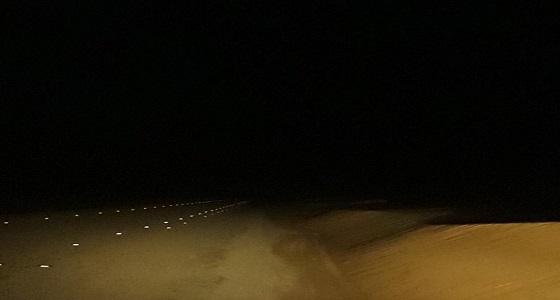 الرمال الزاحفة تتربص بسالكي طريق شرورة – نجران ومطالب بحل المشكلة