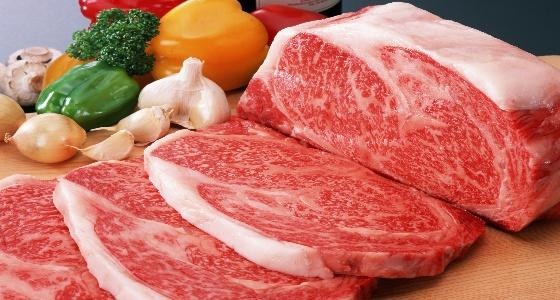 """"""" الغذاء والدواء """" توضح الطرق الصحيحة لإذابة اللحوم المجمدة"""