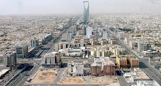 المملكة تعيد التوازن النفطي عالميا