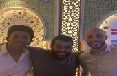 شاهد.. رونالدينو وأمرابط يجتمعان في حضور تركي آل الشيخ