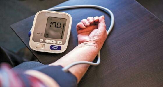 «السلمون» يخفض ضغط الدم المرتفع ويحد من مخاطره