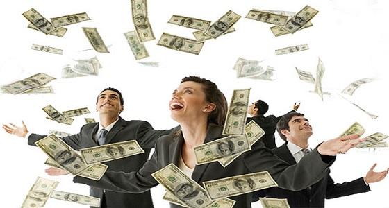 مدير شركة يتنازل عن 10 ملايين دولار لموظفيه!